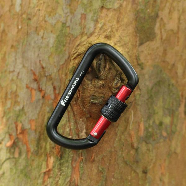 12kN Screw Locking Carabiner on Tree