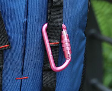 12kN Carabiner clip for Backpack